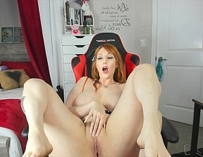 306_AM_CAM_SHOW_Stretch_my_cunt_out